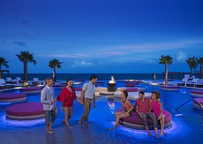 breathless-riviera-cancun_xhalepool_friends_night_4_rgb