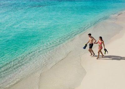 secrets-akumal-deal_ext_couple_snorkeling3_2a