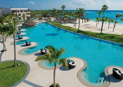secrets-akumal-deal_ext_oceanfront_pool_1a